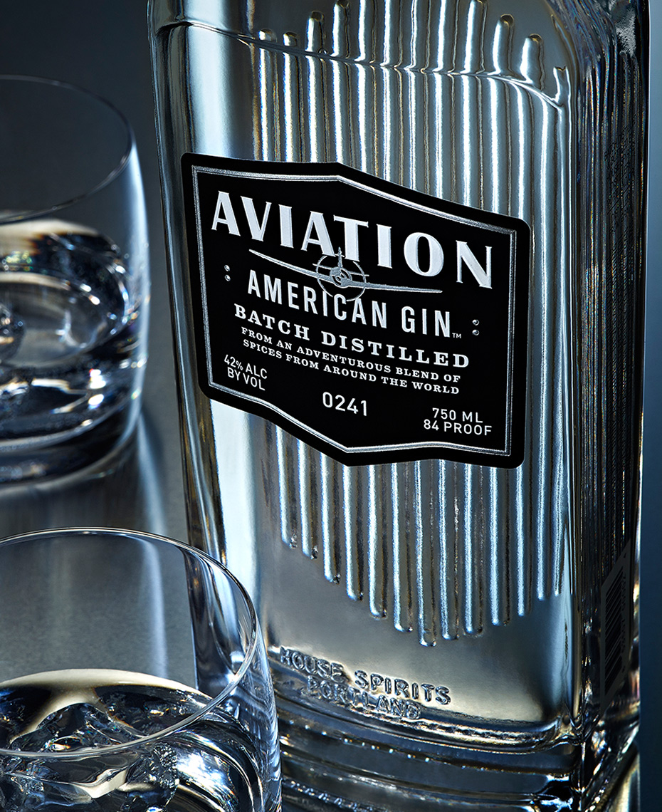 beverage photo of aviator-gin by brian kaldorf